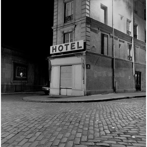 """""""Hôtel Paris"""""""