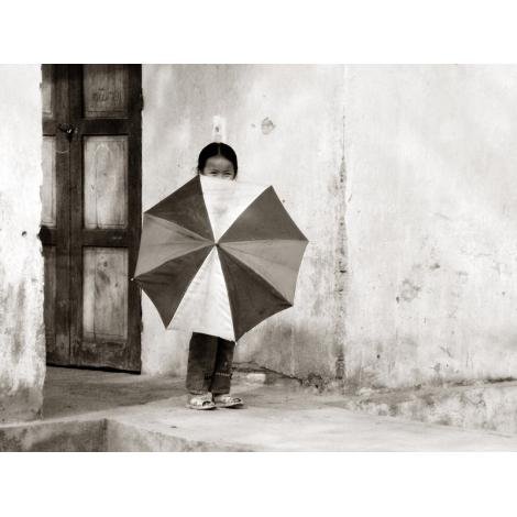 """""""Fillette au parapluie"""""""